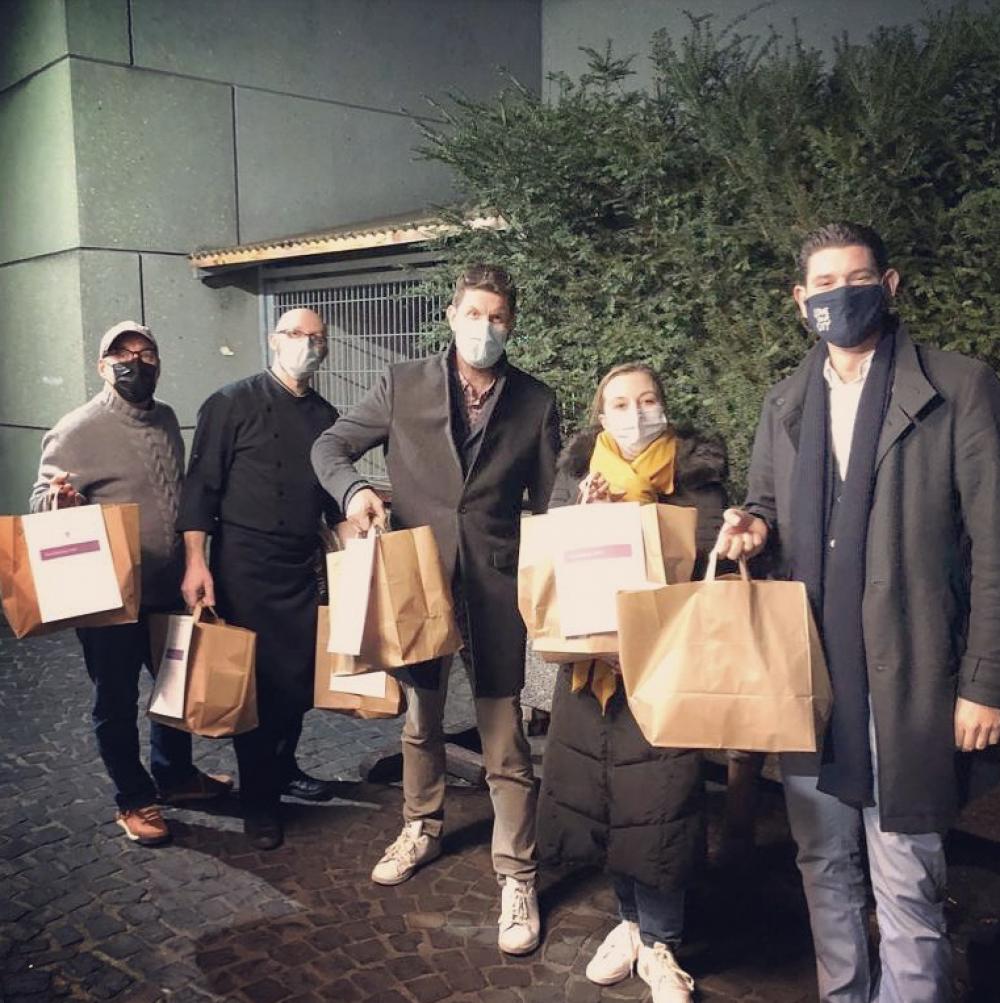 Home-Delivery der Safran Zunft – hier liefert das Team jeden Tag persönlich aus!