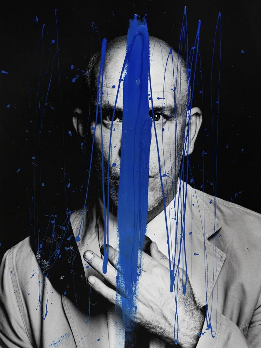 Asymetrie De Bleu
