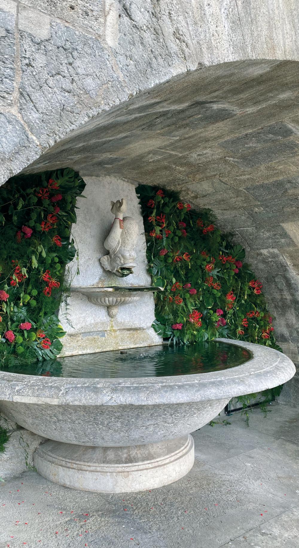 Brunnen beim Regierungsgebäude