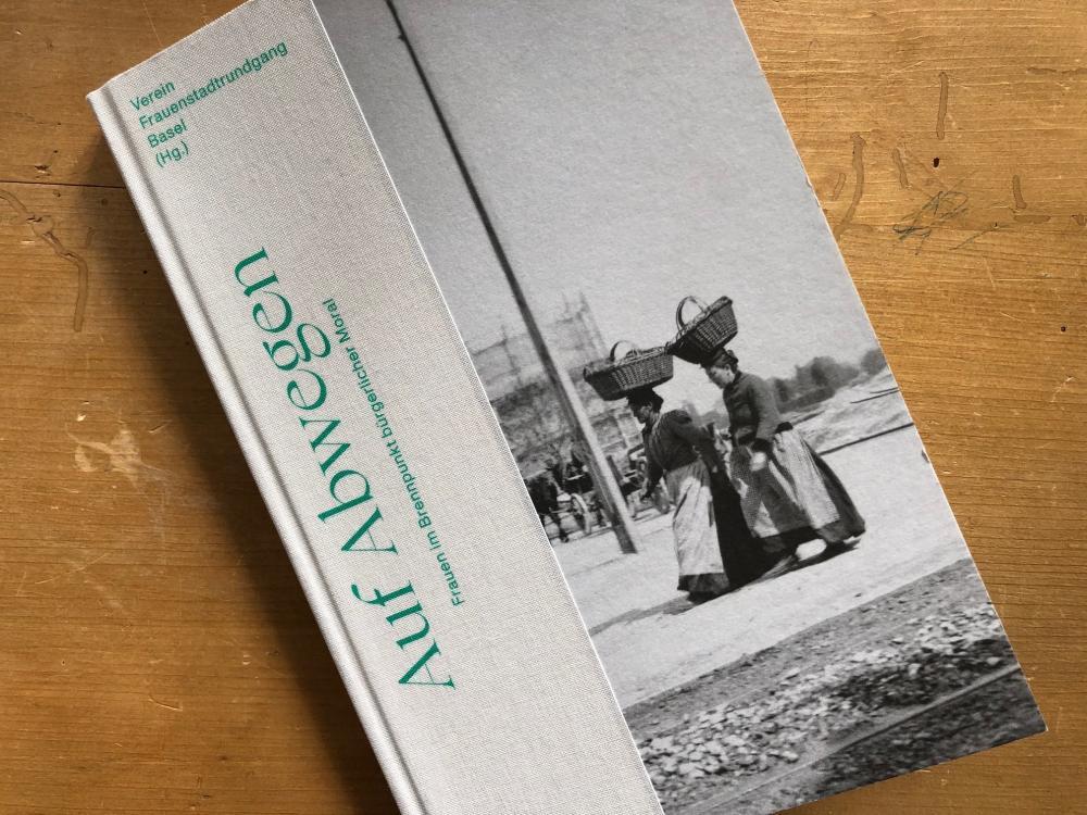 «Auf Abwegen» - ein sehr lehrreiches Buch, das den Blick schärft und aufzeigt, wo Ungerechtigkeiten in unserer Gesellschaft ihren Ursprung haben.