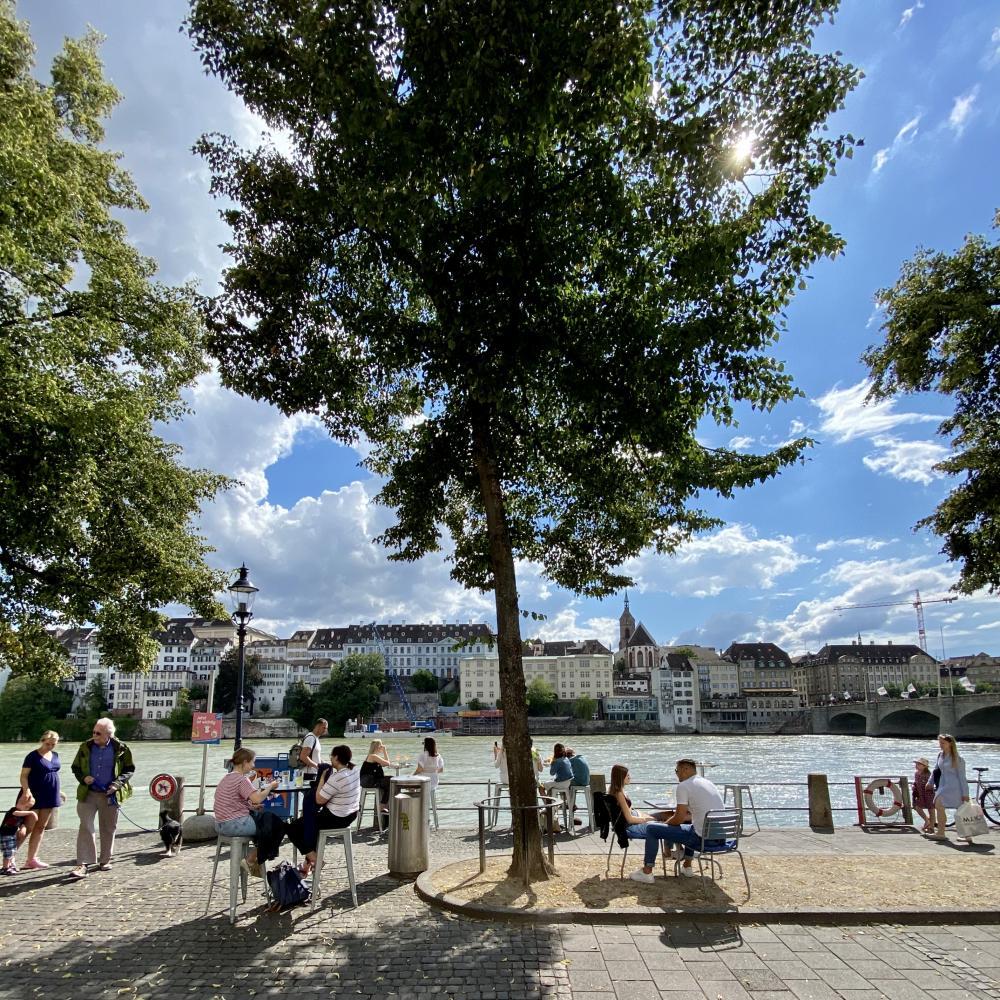 Du hast Glück – diesen Sommer rücken das Krafft Basel und die Consum Sommerbar sogar noch näher an den Rhein.
