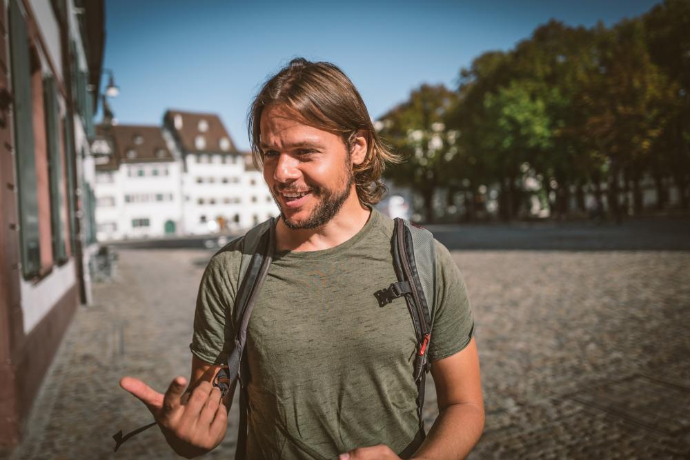 Matt erzählt vom befreienden Gefühl des Durchbruchs – und hat trotz Erfolg die Bodenhaftung nicht verloren.