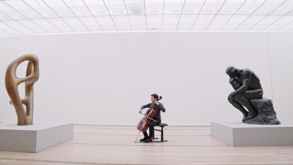 Arp, Rodin und eine Cello Suite von Bach - eine perfekte Kombination.