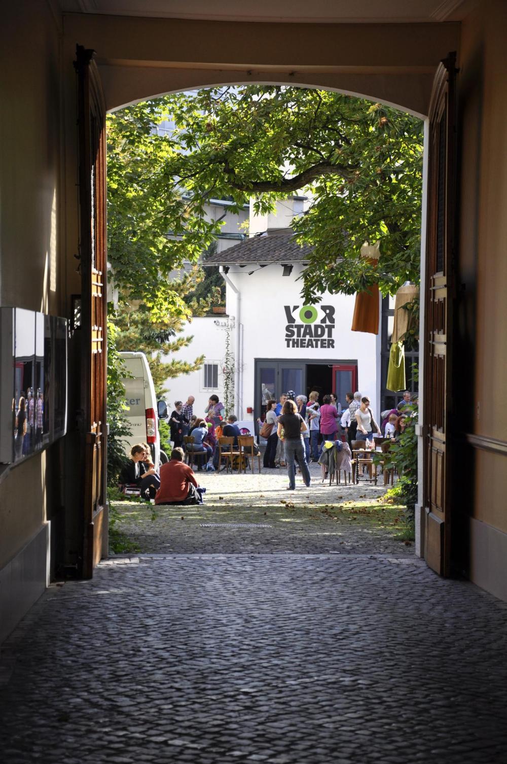 Bereits seit 1974 schafft es das Vorstadttheater Basel, Kinder wie auch Erwachsene anzusprechen, herauszufordern und zu unterhalten.