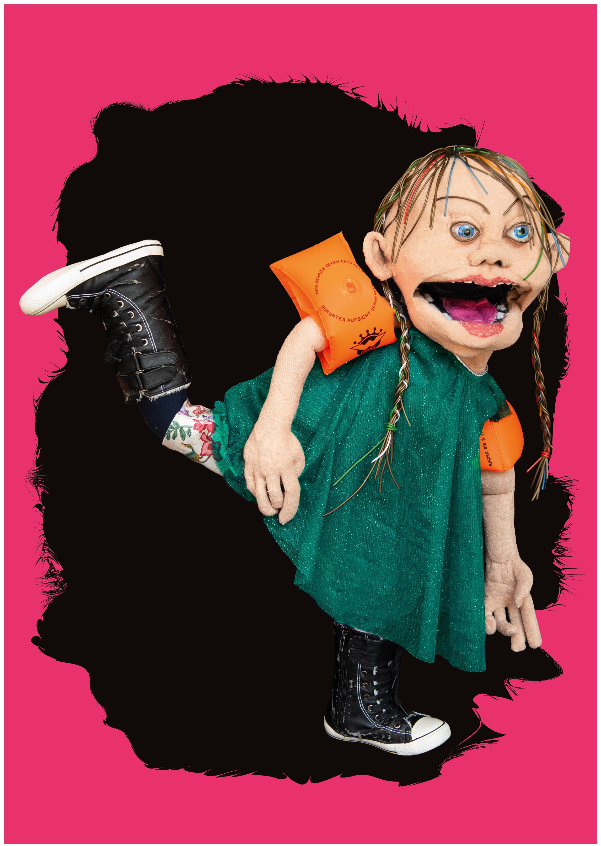 Zugegeben – sie macht keinen besonders herzlichen Eindruck, die Puppe der Griselda.